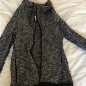 Lululemon fitted zip up